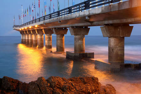 The landmark pier at Shark Rock in Port Elizabeth, South Africa Stock Photo - 7049153