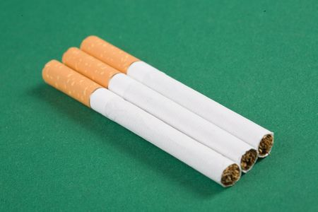 abstain: cigarette on green