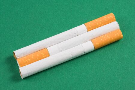 abstain: cigarettes