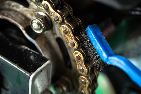 Cleaning motorcycle chain