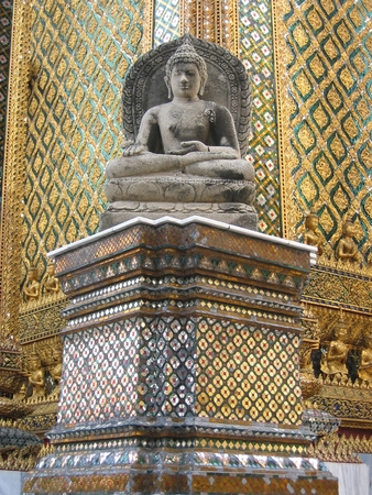 瞑想石バンコク寺院の仏像  イラスト・ベクター素材