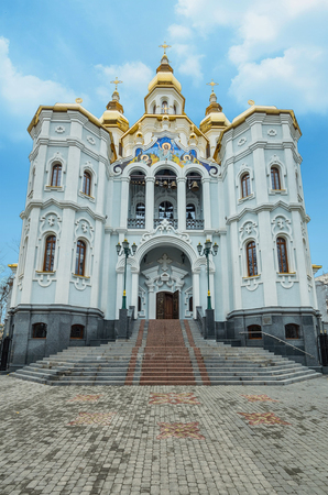 Mironositskaya church in autumn low vantage point