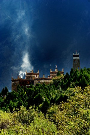 sichuan province: Day view of  the castle at Danba Sichuan province China Stock Photo