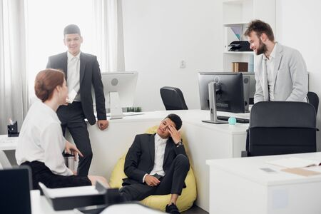 Office workers have a break time, they talk about something