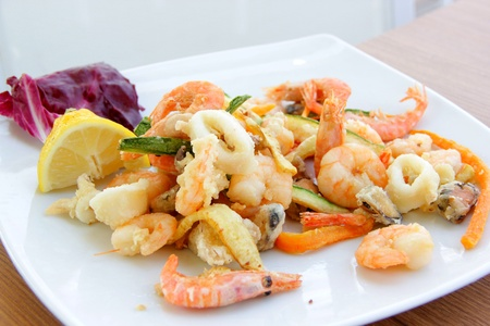 Fried mixed seafood