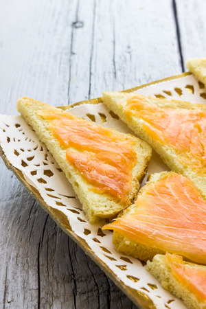 canapes: Canapes with salmon