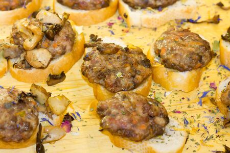 fingerfood: Fingerfood with meat
