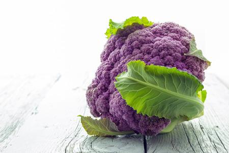 purple cauliflower Фото со стока