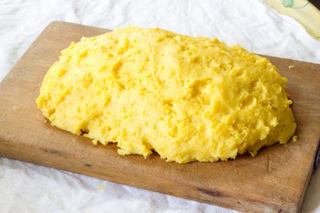 Cutting board Yellow Polenta