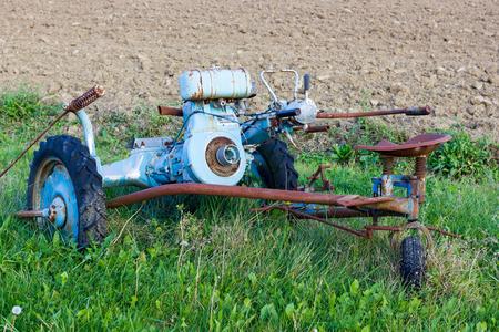 an antique: Outil agricole antique