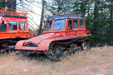 crawler: Old snow van with Crawler