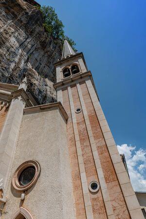 Santuario Madonna della Corona Reklamní fotografie