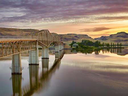 elysium: Bridge To Elysium