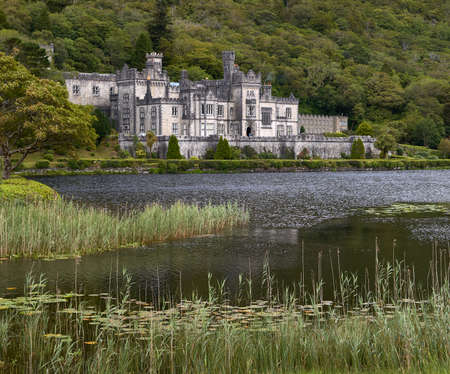 connemara: Kylemore abbey in Connemara with its beautiful lake in the foreground