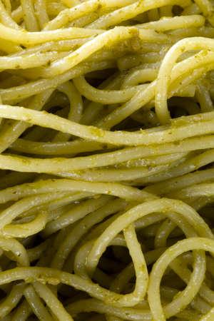 Spaghetti al pesto