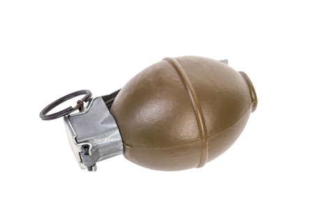 lanzamiento de bala: FRAG modelo M26, arma ejército, granada de mano estándar cronometrada espoleta en el fondo blanco