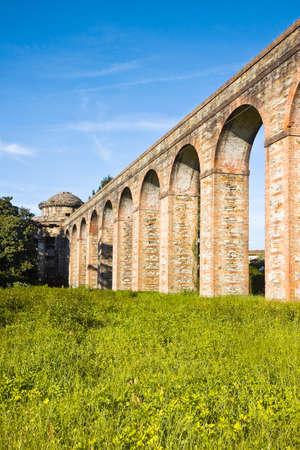 aqueduct: Roman aqueduct in the Italian city of Lucca