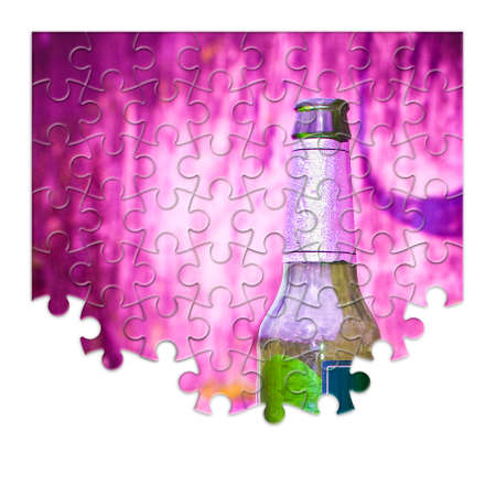 Puzzle of a bottle of beer resting on the ground - Free themselves from alcohol addiction - concept image