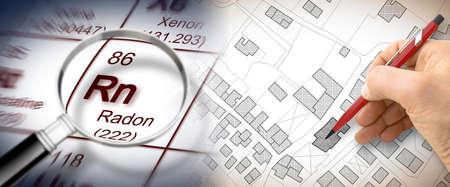 Het gevaar van radongas in onze steden - conceptbeeld met periodiek systeem van de elementen, vergrootglas en handtekening over een kadastrale kaart