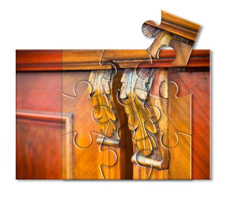 Détail d'un meuble italien antique juste restauré - nouvelle vie aux vieux meubles - image de concept en forme de puzzle Banque d'images