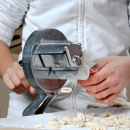 durum wheat semolina: Homemade dumplings with flour made from durum wheat semolina.