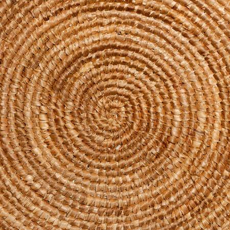 circulos concentricos: C�rculos conc�ntricos de una cesta de mimbre, cocina tradicional de Cerde�a.
