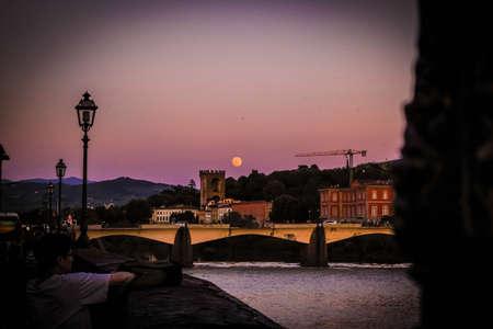 florence: Big moon on Florence