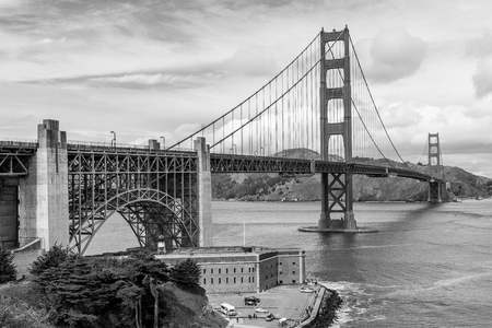 Golden Gate perspective, black and white