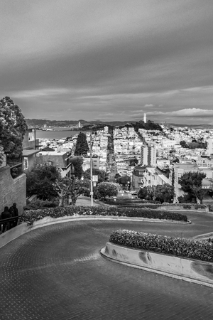 Lombard Street, San Francisco, black and white
