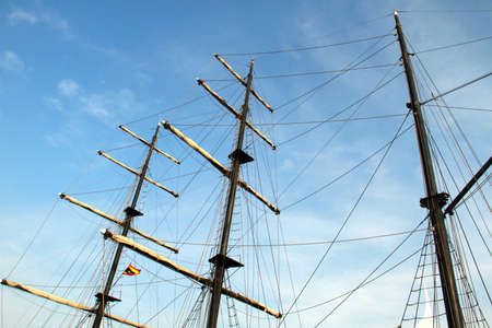 masts: black galleon masts