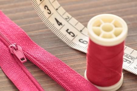 metro de medir: medidor de medición flexible de tejido fotografiado de cerca