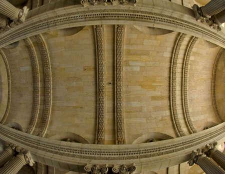 architectonic: Architectonische details van het plafond van een van de Louvre passages