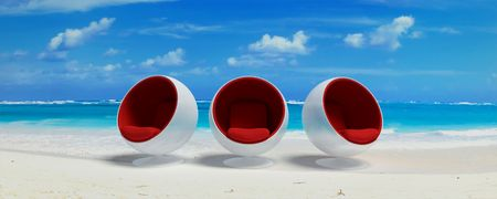 cor: Designer seats in a Caribbean beach