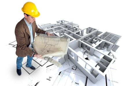 arquitecto: Arquitecto mirando a sus planes con una estructura de oficina de los apartamentos sin techo Foto de archivo