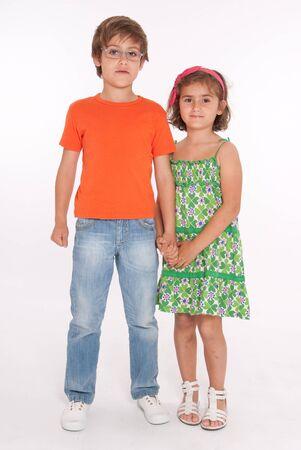 sandalias: Retrato de una linda pareja de hermano y hermana