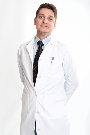 lab coat: Sorridente uomo trentenne il camice e cravatta