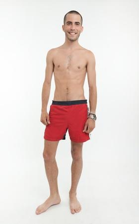 L?chelnder Mann mit Daumen nach oben tragen Badehosen