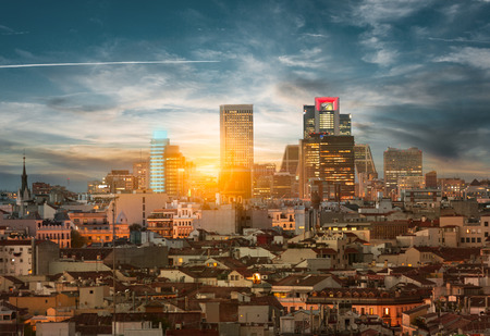 With Madrid skyline contrasting old buildings and new towers Archivio Fotografico