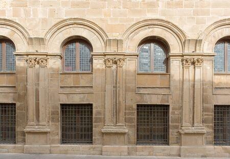 Fachada: fachada de edificio clásico en Ubeda, España