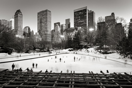 park: Central Park Ice skating, Wollman Rink, New York City