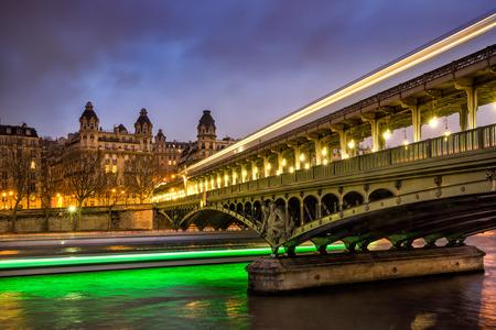 rive: Bir-Hakeim Bridge and Seine River at twilight, Paris, France
