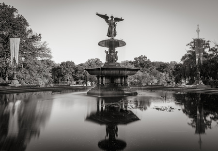bethesda: Bethesda Fountain in Central Park. Black & White. Manhattan, New York City Stock Photo