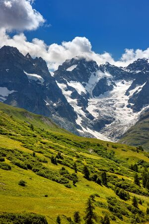 alpes: Ecrins National Parc mountain peaks and glaciers in summer. La Meije glacier, Glacier du Lautaret and Glacier de lHomme. Southern French Alps, Hautes-Alpes. France