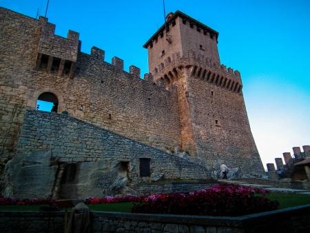 sammarinese: ITALIA - Repubblica di San Marino, Castello