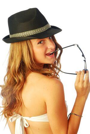 Mujer con Sombrero - Una mujer joven con sombrero de hombre 131 Foto de archivo - 14183705