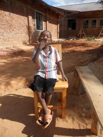 drought: Misi�n Franciscana en Tanzania, cerca de la aldea Pomerini tipo para ayudar a ni�os y familias afectadas por el SIDA