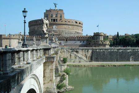 tiber: Bridges over the Tiber river in Rome - Italy