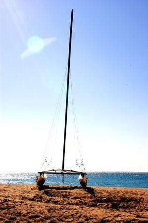 deportes nauticos: mar y catamarán Foto de archivo
