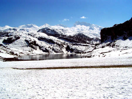 covadonga: cold winter in covadonga