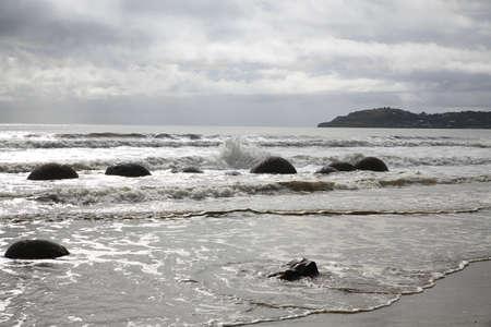 Moeraki Boulders Koekohe Beach on the coast of Otago on the South Island of New Zealand 免版税图像